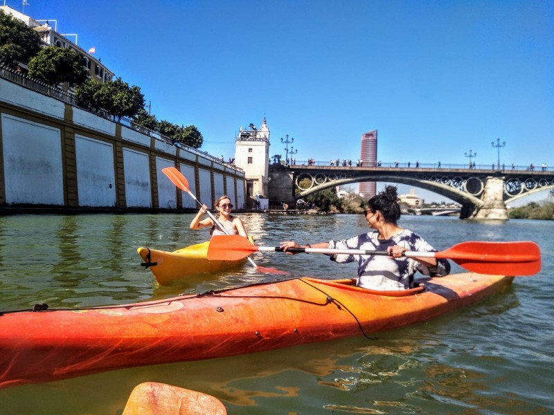 rent your paddle surf or kayak and travel along the Guadalquivir River with itinerarius.com