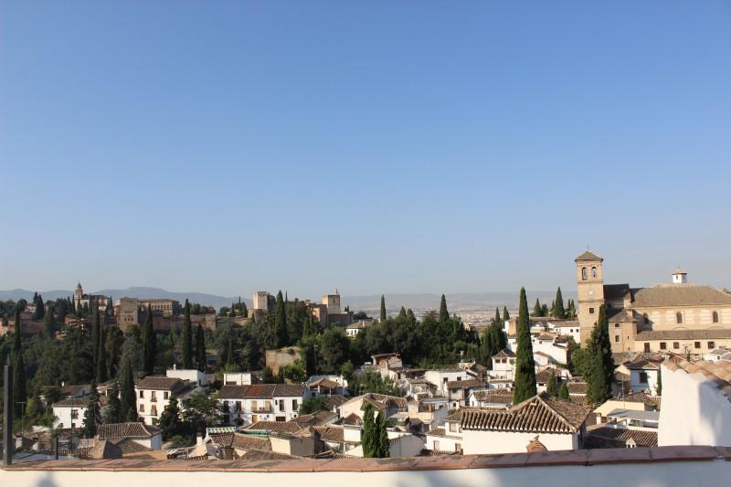 ruta guiada por el Albayzín romántico y cena degustación en el restaurante y bodega Mirador de Morayma con itinerarius.com