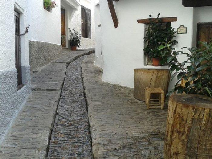 discover the Granada Alpujarras